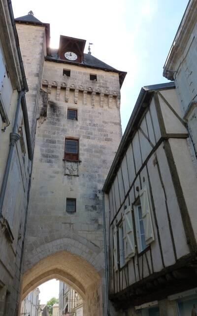 Tour de l'Horloge à Saint-Jean d'Angély - ©P.Migaud / FDHPA17