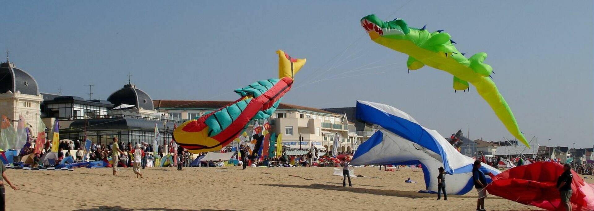 Festival International de cerf-volants sur la plage de Châtelaillon © Cécile TRIBALLIER / CMT