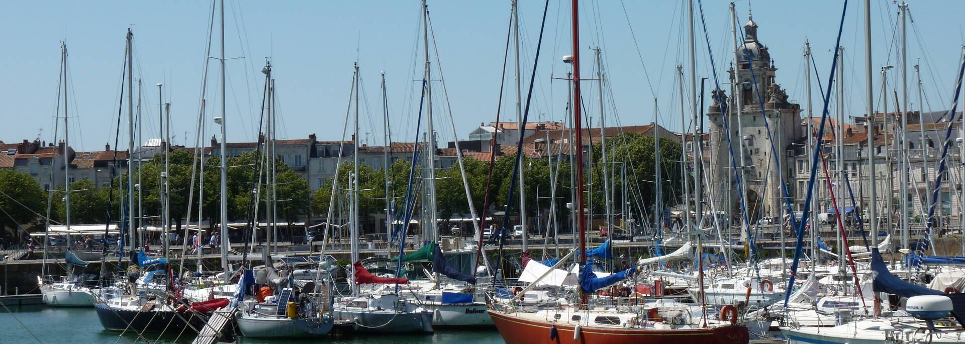 Les bateaux du Vieux Port - © FDHPA 17