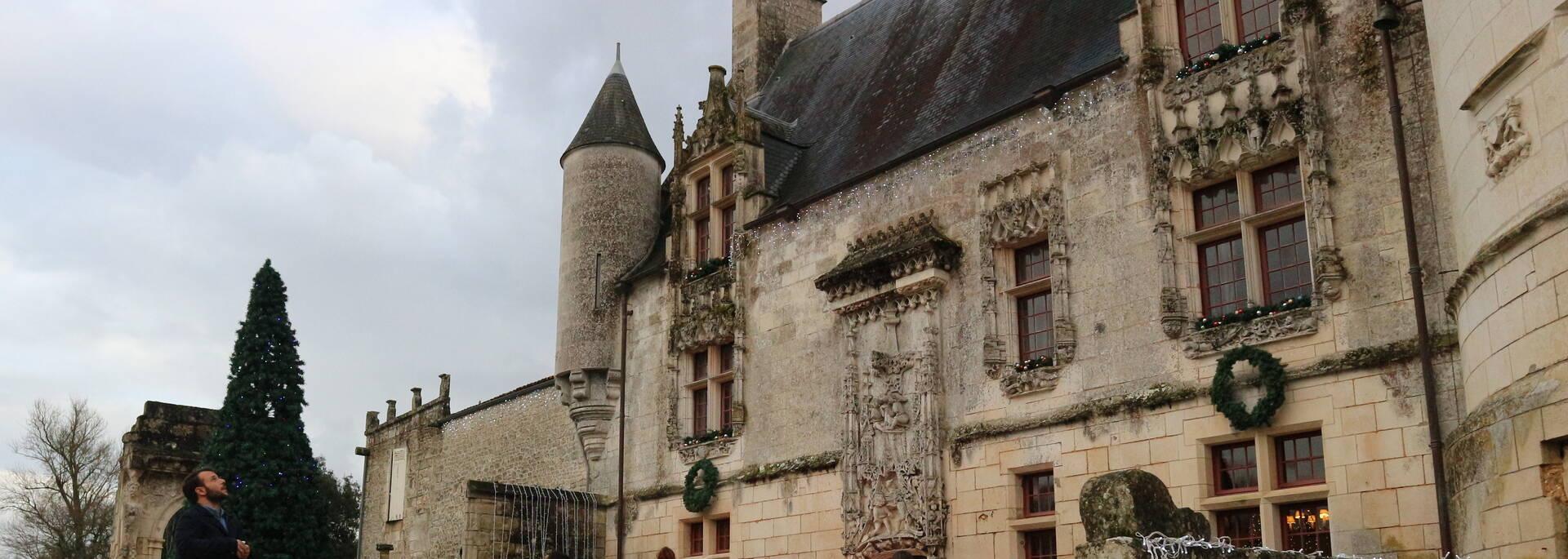 La façade Nord du Château - © FDHPA 17