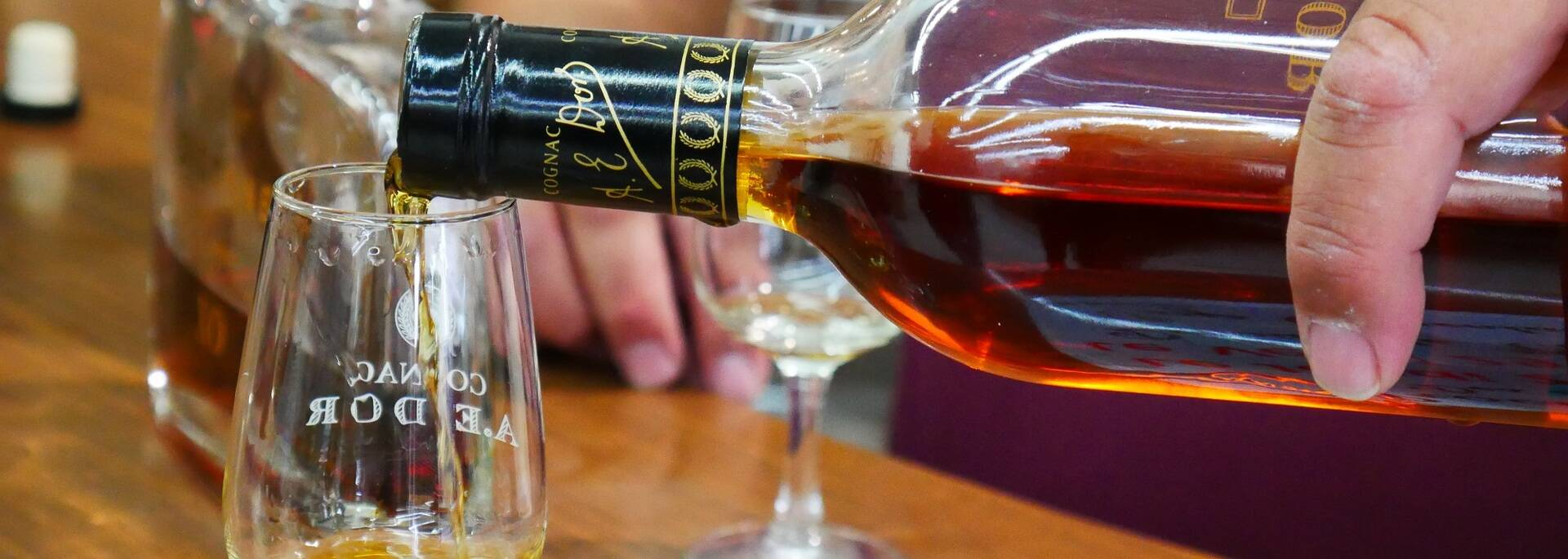 Dégustation de cognac - ©P.Migaud / FDHPA17