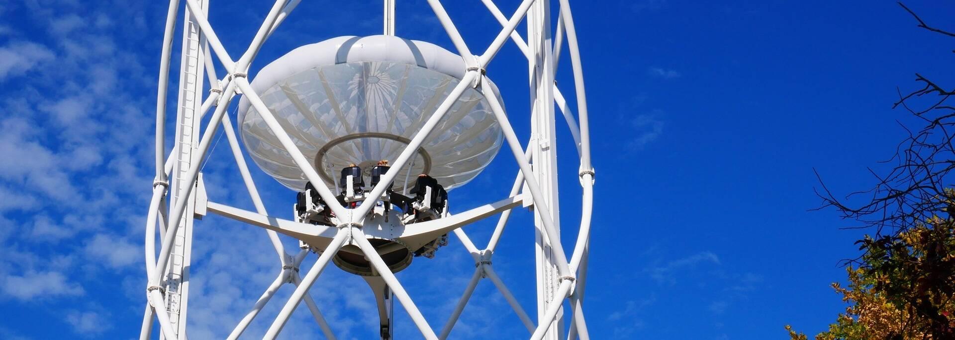 le Gyropode du Futuroscope pour boire un verre à 45m de haut - ©FDHPA17 / P.Migaud