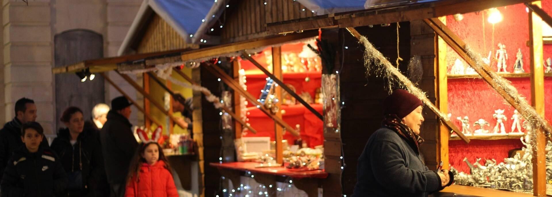 Cabanes pour les fêtes de fin d'année - ©P.Migaud / FDHPA17