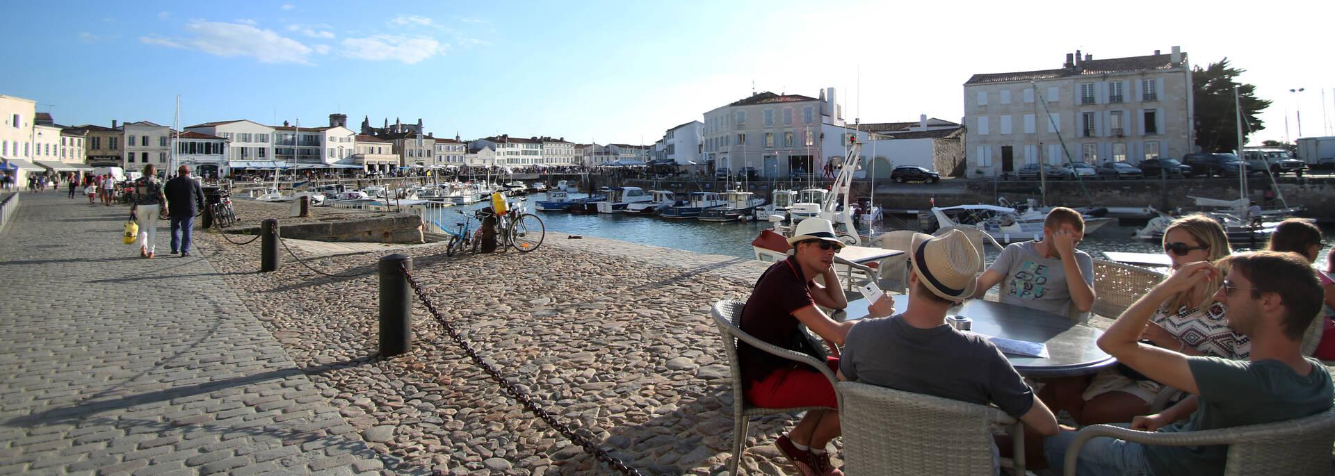 Douceur de vivre du port de Saint Martin - ©PW Photographie / FDHPA17