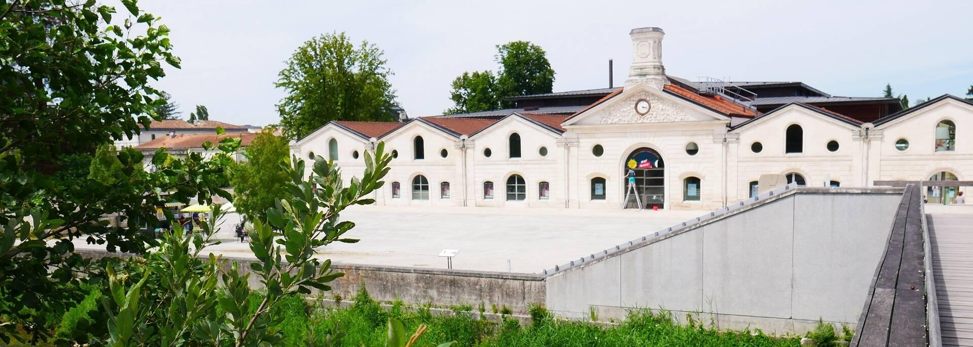 Vue sur le musée de la Bande Dessinée à Angoulême - ©P.Migaud / FDHPA17