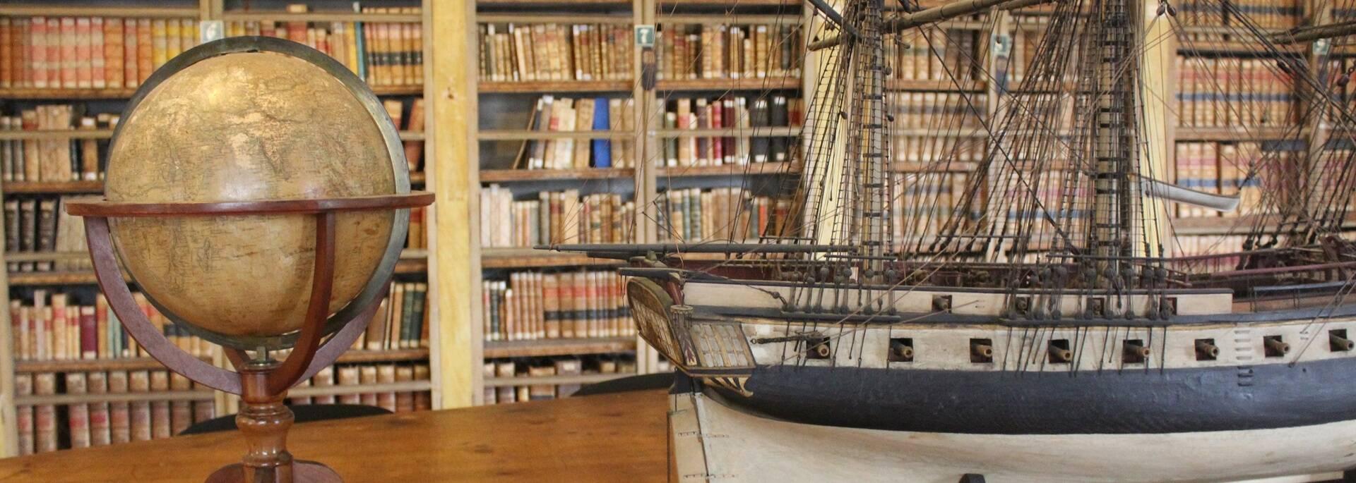 Bibliothèque de l'école de médecine navale - ©P.Migaud / FDHPA 17
