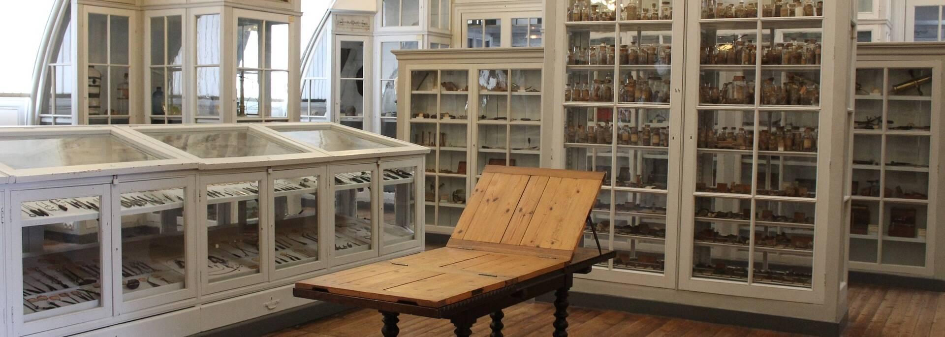 Le Cabinet des Sciences du musée - ©P.Migaud / FDHPA 17