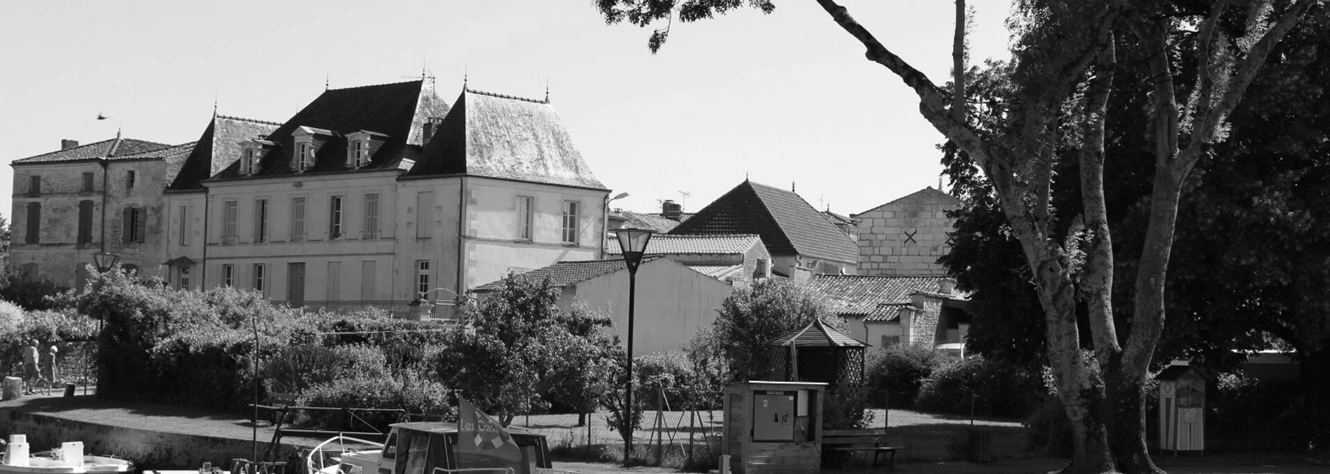 Village de Port d'Envaux - © P.Migaud / FDHPA17