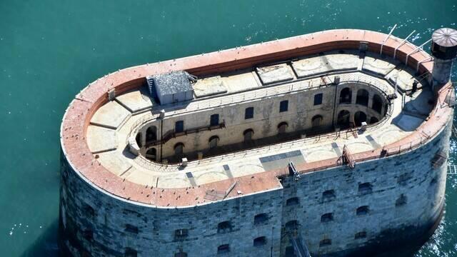 Vue aérienne du Fort Boyard - ©FDHPA17