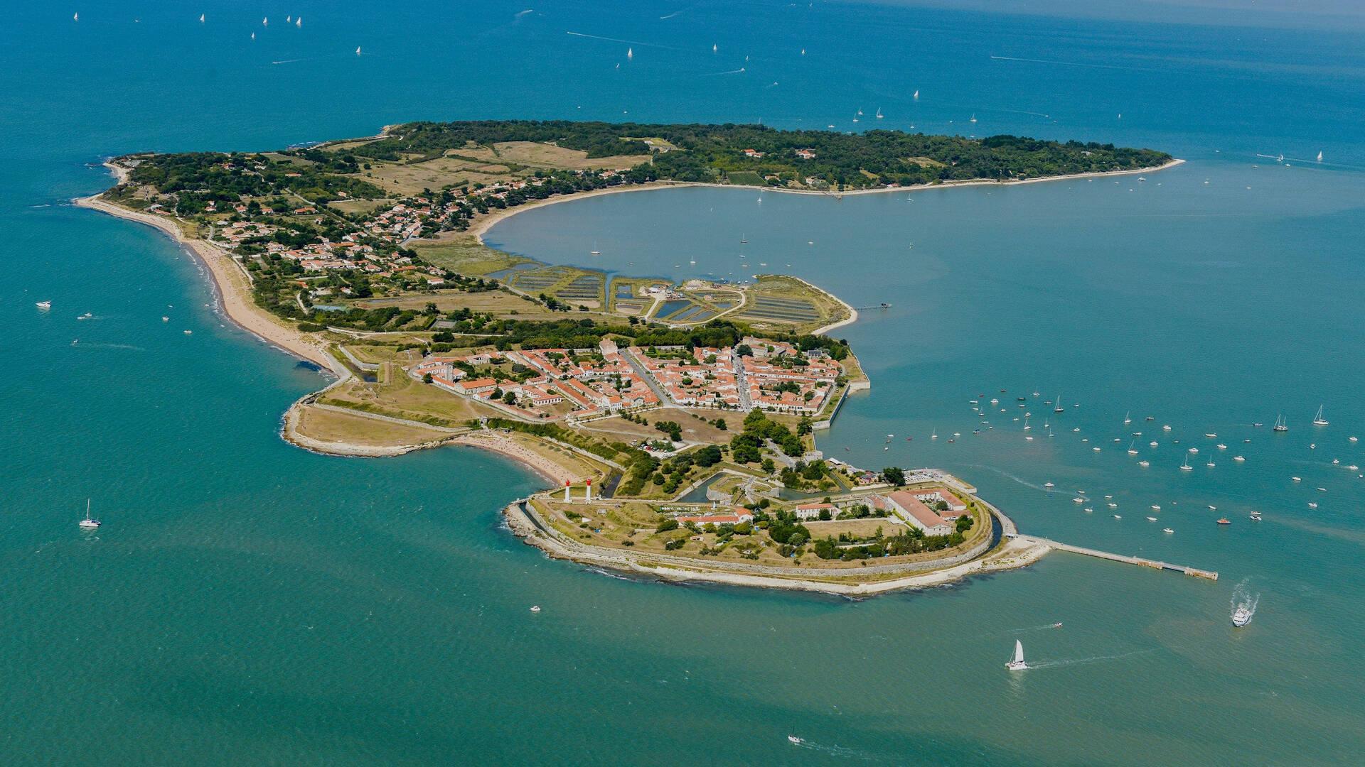 Vue aérienne de l'île d'Aix - ©Philippe Laplace
