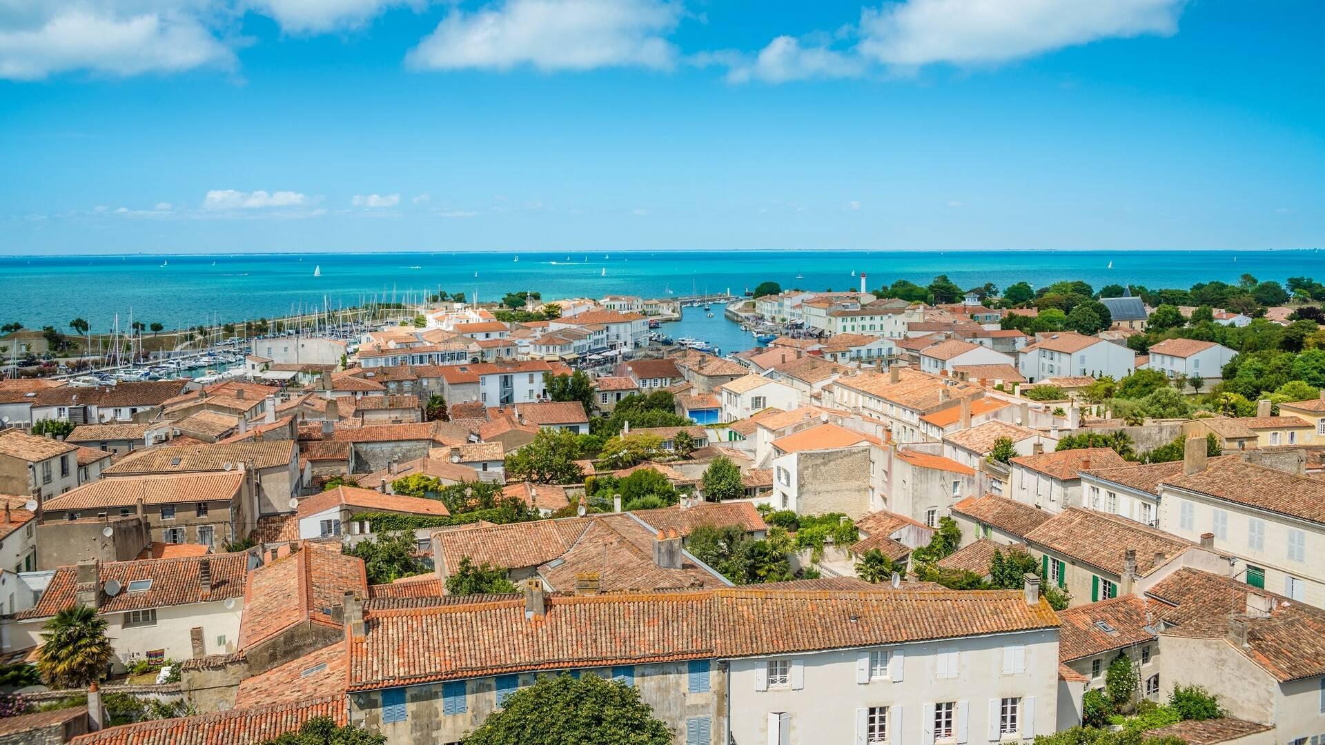 Vue du port de Saint Martin de Ré - ©Shutterstock