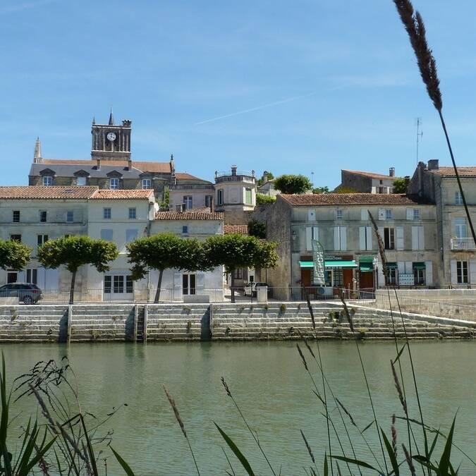 Les bords de la Charente à Saint Savinien