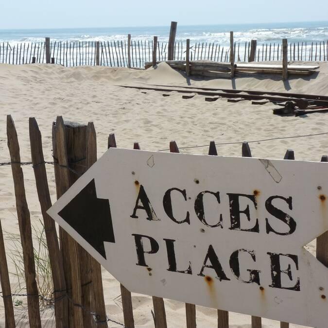 Panneau de direction vers une plage - ©P.Migaud / FDHPA17