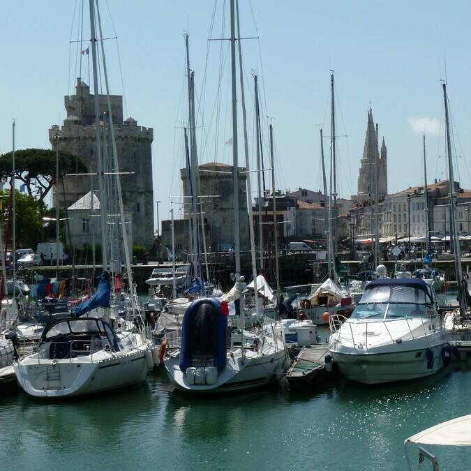 Vue du Vieux Port de La Rochelle - ©P.Migaud / FDHPA17