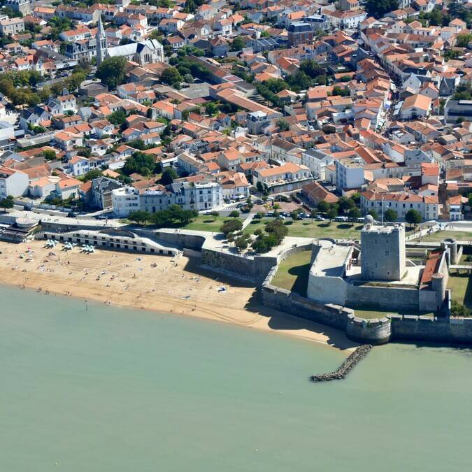 Aerial view of Fouras-les-Bains - © FDHPA17