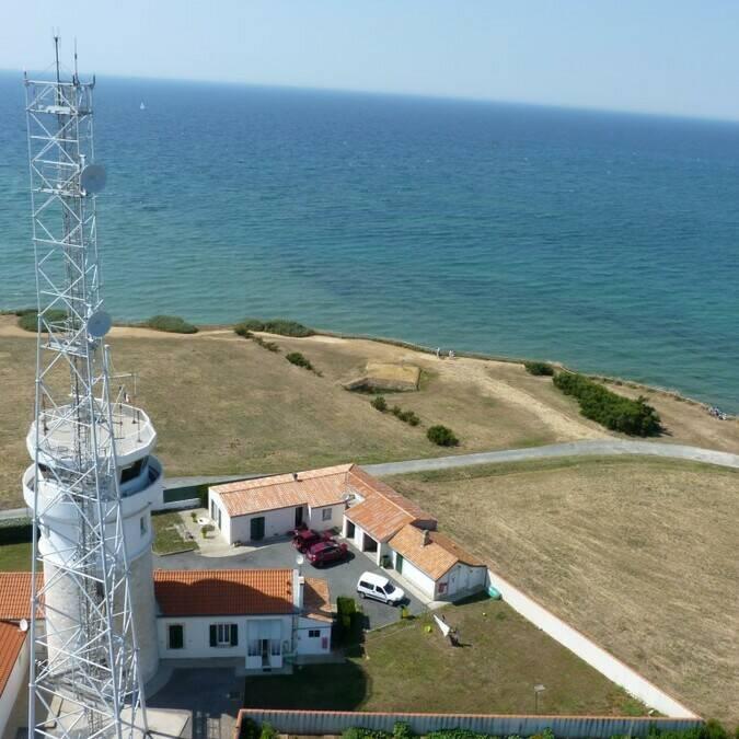 Vue du haut du phare de Chassiron - P.Migaud / FDHPA17